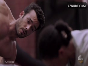 AARON DIAZ in QUANTICO (2015)