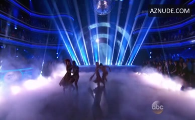 ANTONIO BROWN in Dancing With The Stars