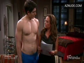 BRANDON ROUTH NUDE/SEXY SCENE IN THE EXES
