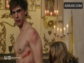 CHRISTOPHER GORHAM NUDE/SEXY SCENE IN COVERT AFFAIRS