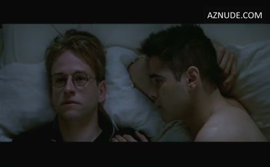 COLIN FARRELL in A Home At The End Of The World
