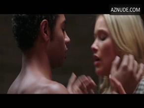 CORBIN BLEU in NURSE 3D (2014)