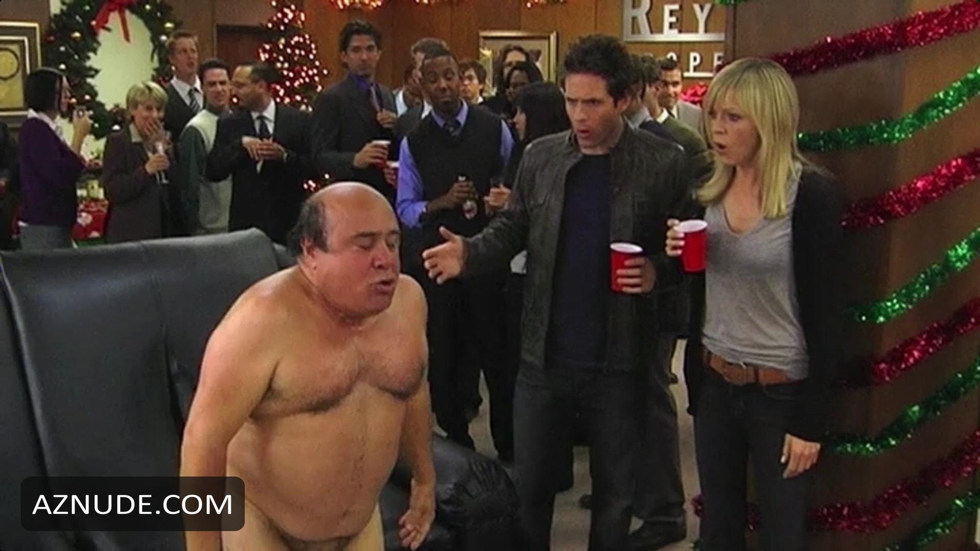Hot chick big tits cumshot