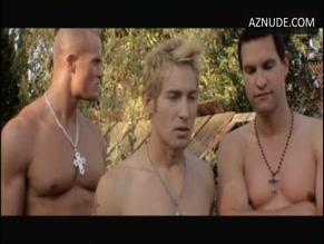 DYLAN VOX in VAMPIRE BOYS(2011)
