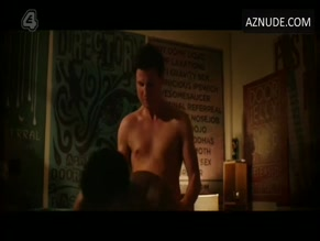FISAYO AKINADE NUDE/SEXY SCENE IN BANANA