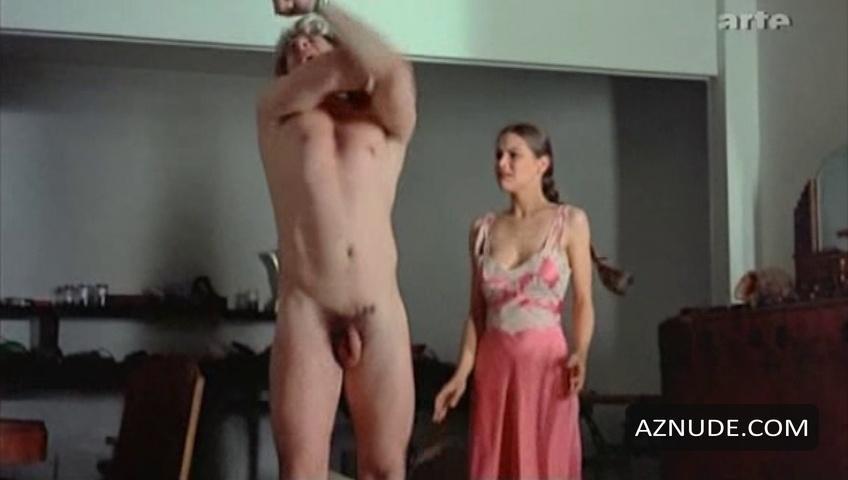 Gérard Depardieu et les scènes de sexe  Dès que tu