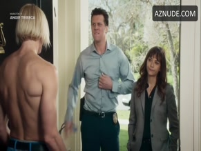 HAYES MACARTHUR in ANGIE TRIBECA(2016)
