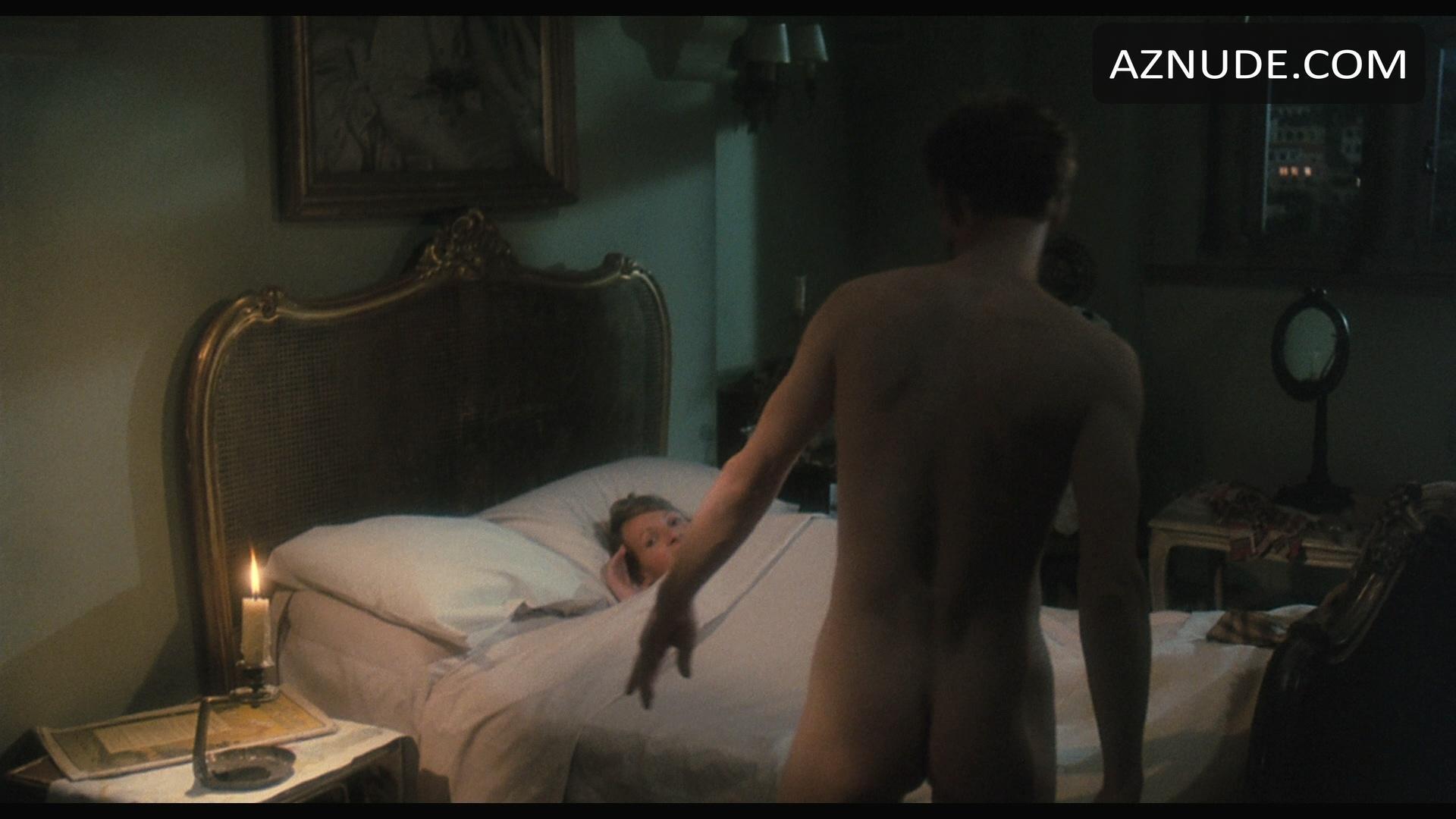 Sorry, Men getting nude on ellen all