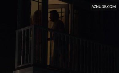 JILON VANOVER in 4 Nights In The Hamptons