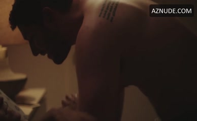 JOSH FELDMAN NUDE/SEXY SCENE IN THIS CLOSE