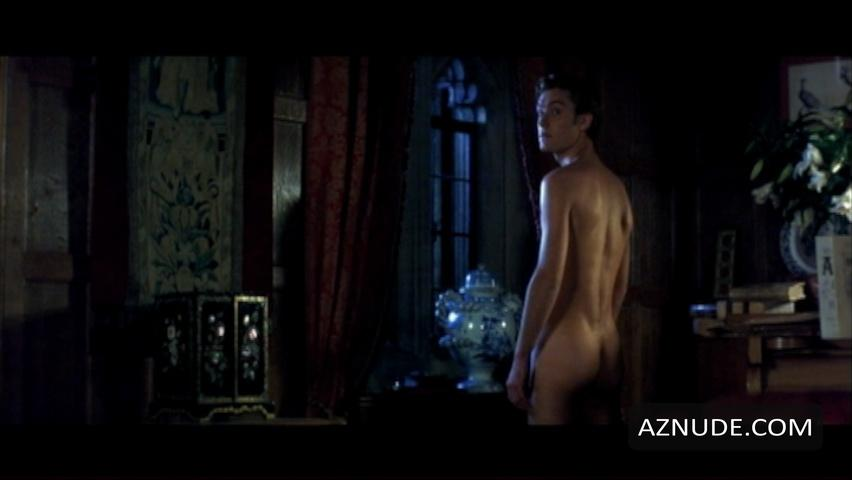 slim desi nude babe