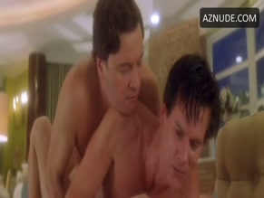 KEVIN BACON NUDE/SEXY SCENE IN WHERE THE TRUTH LIES