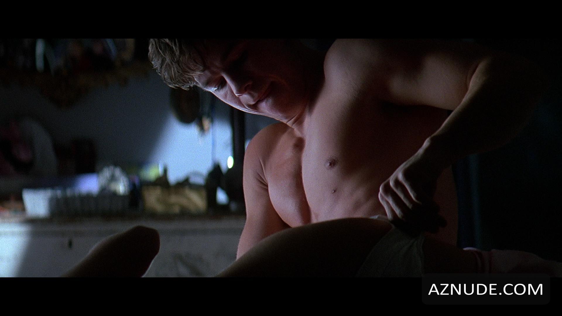 mark wahlberg nude scenes
