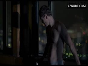 MICHAEL FASSBENDER in THE SNOWMAN (2017)