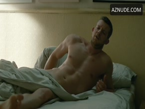RUSSELL TOVEY in LOOKING(2014)