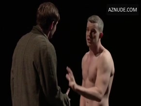 RUSSELL TOVEY in NATIONAL THEATRE LIVE: ANGELS IN AMERICA(2017)