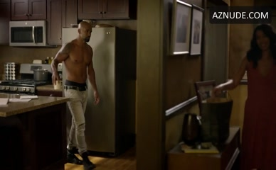 SHEMAR MOORE in S.W.A.T.