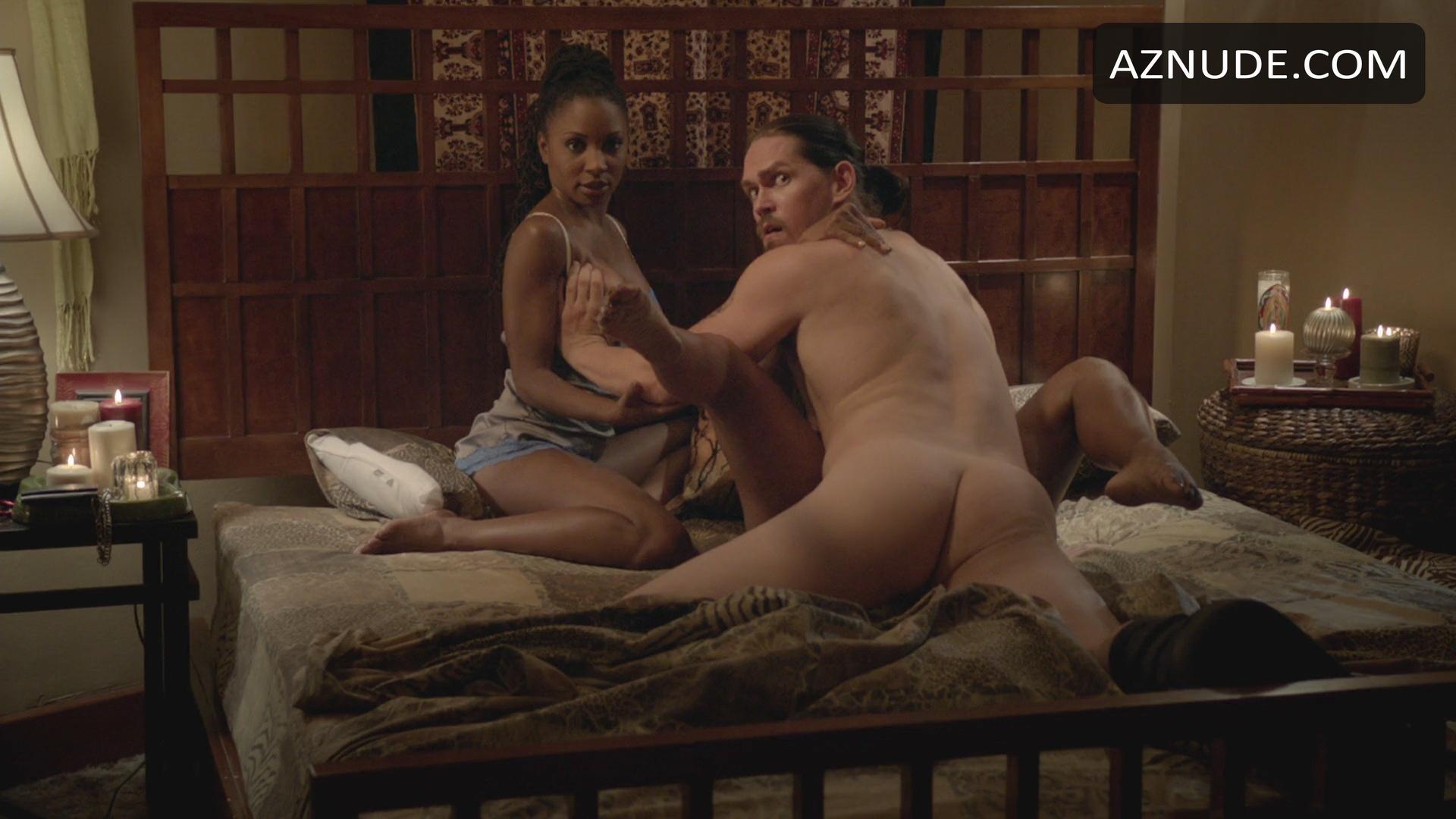 shameless male nudity scenes