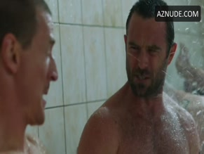 SULLIVAN STAPLETON in STRIKE BACK (2010)