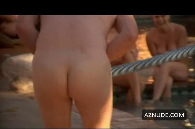 wee man nude