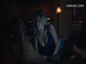 ALGEE SMITH NUDE/SEXY SCENE IN EUPHORIA