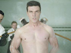 Finn Wittrock Naked