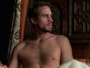 Free naked picture of joseph fiennes