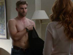 Nude Mike vogel