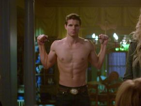 naked Robbie amell