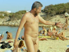 Men suntanning naked