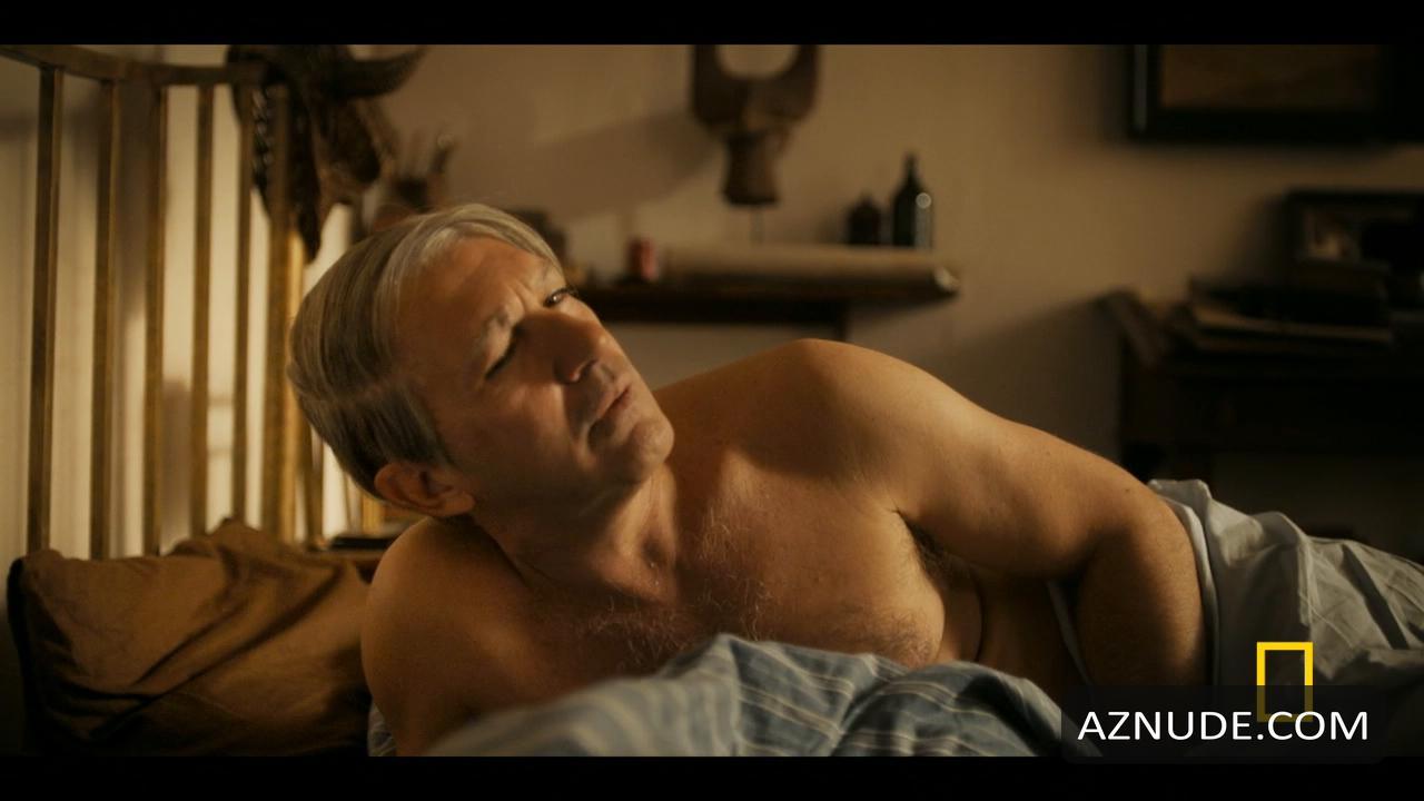 Antonio Banderas Nude - Aznude Men-8904