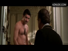ANTONIO BANDERAS in ORIGINAL SIN(2001)