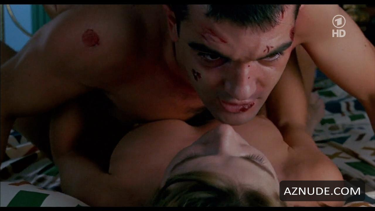 Antonio Banderas Nude - Aznude Men-4077