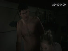 ASHTON KUTCHER NUDE/SEXY SCENE IN THE RANCH