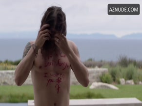 BEN ROBSON NUDE/SEXY SCENE IN ANIMAL KINGDOM