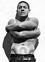 THEO ROSSI NUDE