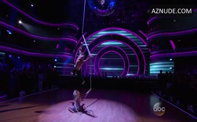 CARLOS PENAVEGA in Dancing With The Stars