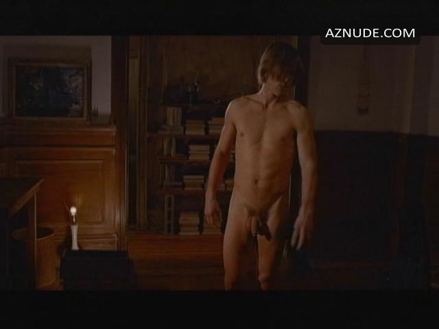 Descent Nude Scenes - Aznude Men-1465