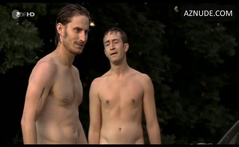 Clemens schick nackt