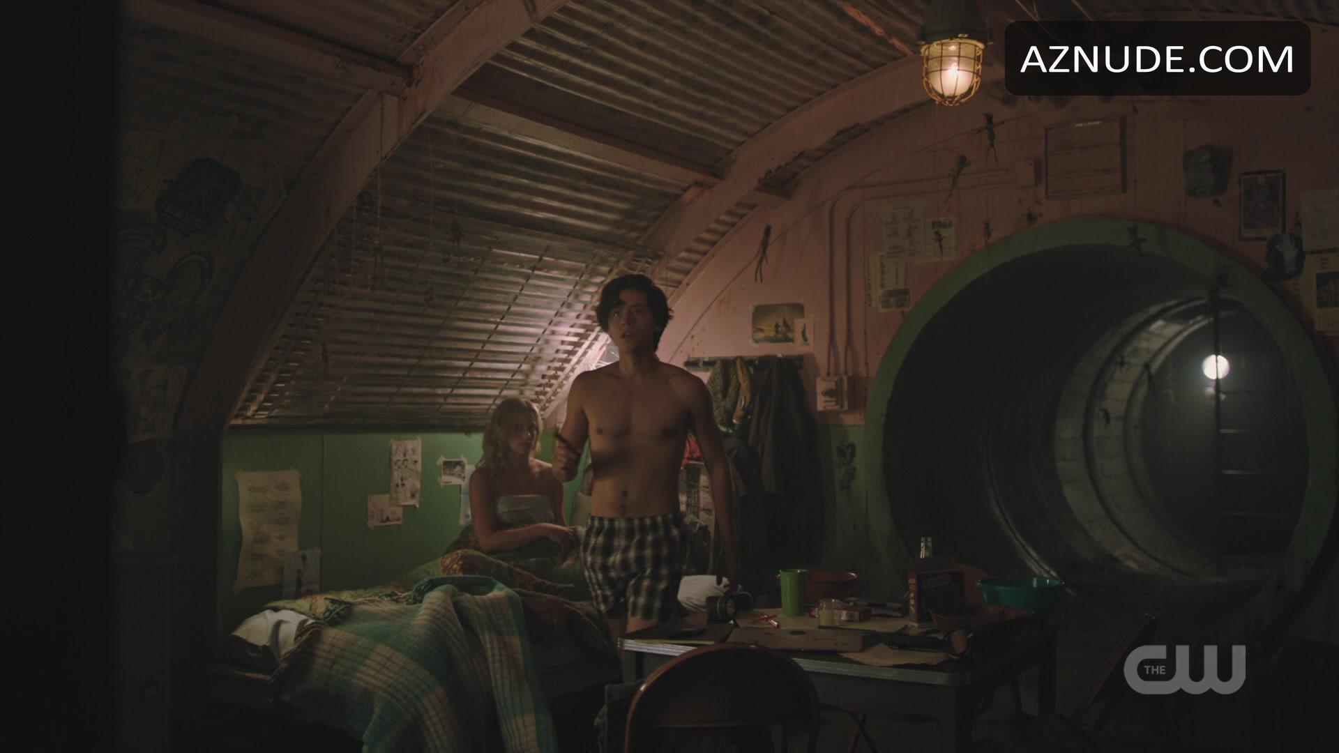 Cole Sprouse Nude - Aznude Men-3643