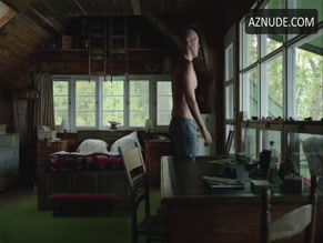 COREY STOLL NUDE/SEXY SCENE IN THE ROMANOFFS