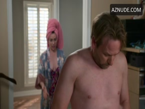 DALLAS ROBERTS NUDE/SEXY SCENE IN INSATIABLE