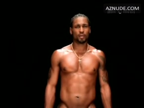 D'ANGELO in UNTITLED (HOW DOES IT FEEL)()