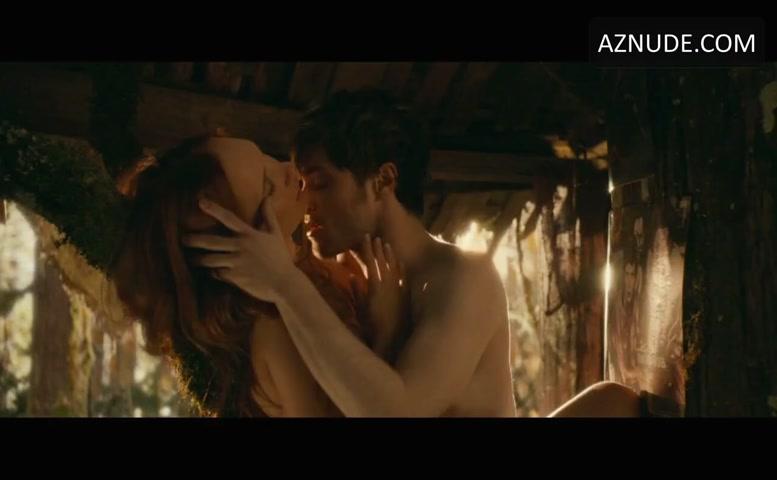 Daniel Radcliffe Sexy, Shirtless Scene In Horns - Aznude Men-9729