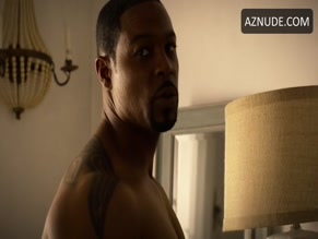 DARRIN DEWITT HENSON NUDE/SEXY SCENE IN THE FAMILY BUSINESS