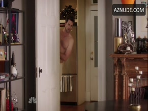 DAVID WALTON NUDE/SEXY SCENE IN ABOUT A BOY