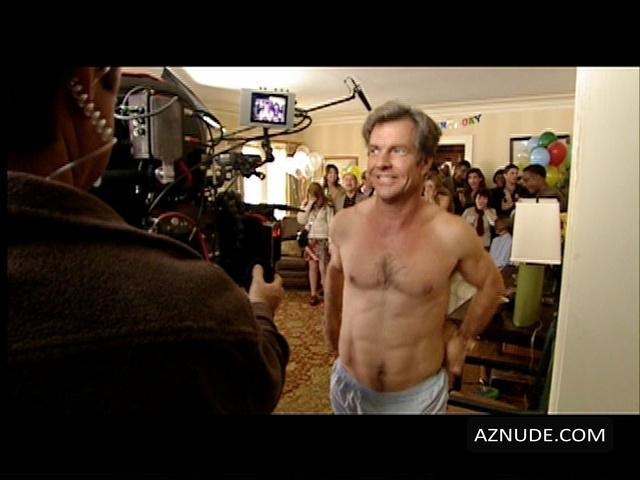In Good Company Nude Scenes - Aznude Men-2269