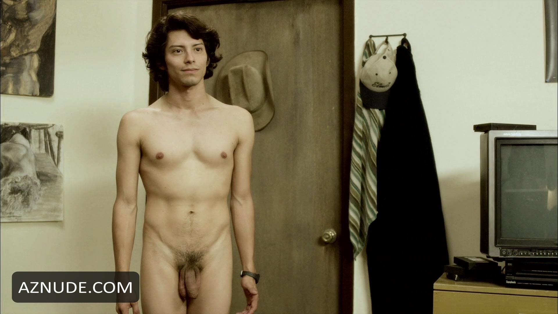 Derek Efrain Villanueva Nude - Aznude Men-6255