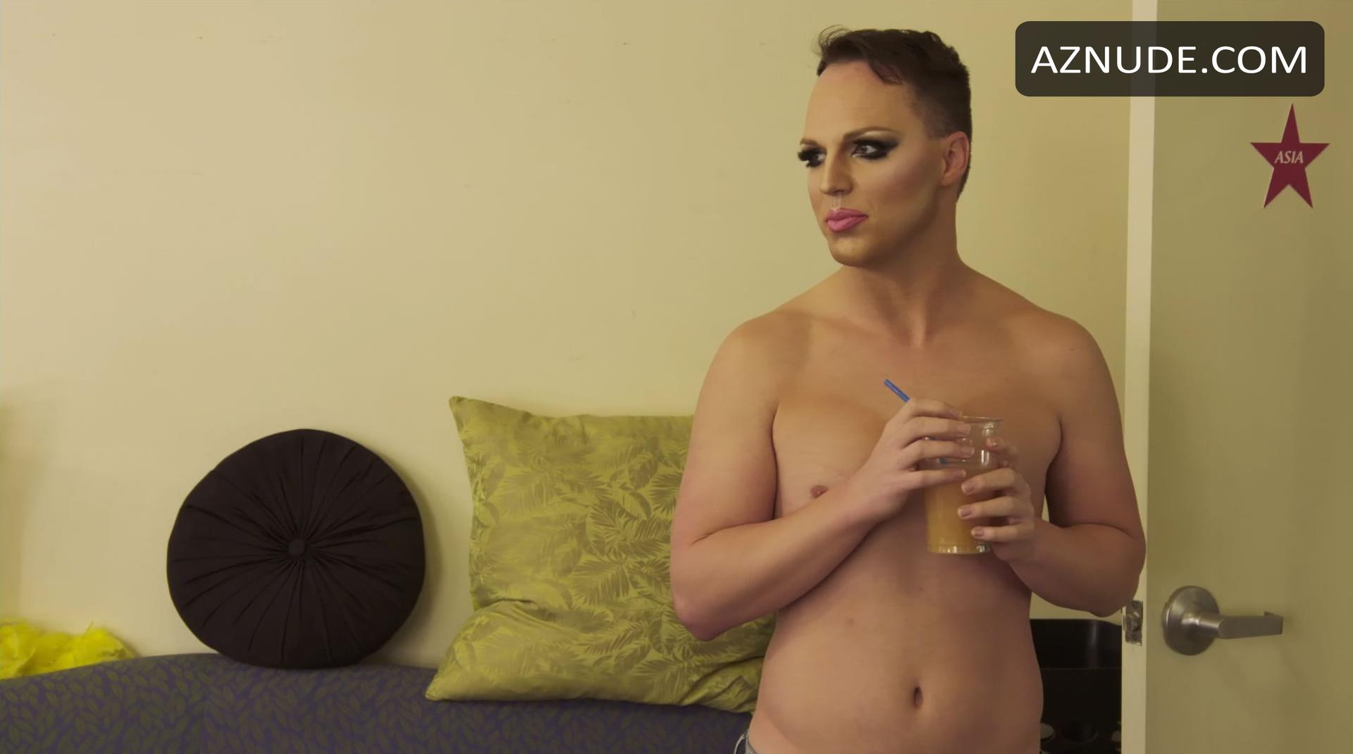 Free online blonde tranny porn collection