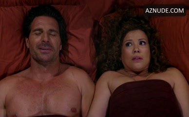 ED QUINN in One Day At A Time